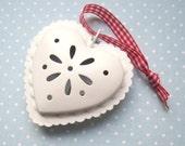 SUPER CUTE PROMO : White Tin Love Heart Decoration