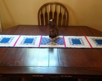 Quilted Table Topper Retangles and Squares