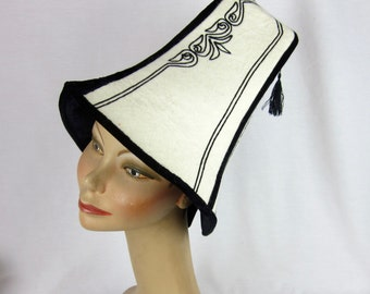 Vintage 60s Beehive Hat, Supremely Tall, Wool Felt / Embroidery, Designer