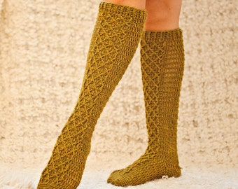 Crochet PATTERN - Knee High Diamond Socks