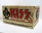 Vintage KISS Trading Bubble Gum Cards Shipping Box Rock & Roll Band Music Gene Paul Ace Chris