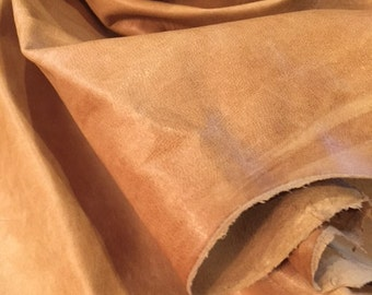 A gorgeous panna-caramel color  pull up lamskin leather , very thin -  total of 5 square feet hide