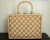 1950s/60s Wicker Plastic Coated Straw Purse Handbag Plastic Beaded Diamond Front Large Box Purse
