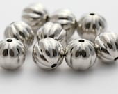 Fluted Round Silver Acrylic Melon Beads 15mm (10)