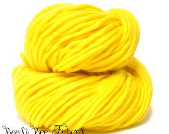 DAFFODIL - Super Bulky Yarn Chunky Knitting, Pencil Roving, Chochet, Weaving Merino Yarn - 200 grams skein