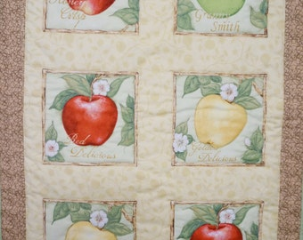 Apple Wall Hanging, Honey Crisp, Red Delicious, Yellow Delicious and Granny Smith