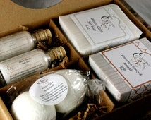 Pampering Gift Set - Mothers Day Gift, Gift for Mom, Gift for Her, Girlfriend Gift, Spa Gift, Soaps, Bath bombs, Bath Salts