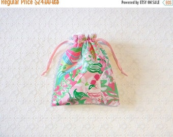 BAG SALE Preppy Pink Green Lilly Pulitzer Fabric Travel Bag Makeup Pouch
