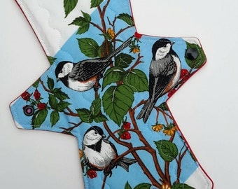 """Cute Chickadees 11.5"""" Moderate 100% Cotton Topped Cloth Pad"""