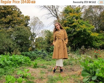 Vintage 60s 70s Trench Coat Camel Brown Button Up Belted Jacket Vintage Spring Fall Preppy Mod Trench Jacket with Pockets Womens Small
