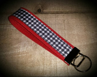 Houndstooth on Red Key Fob Wristlet