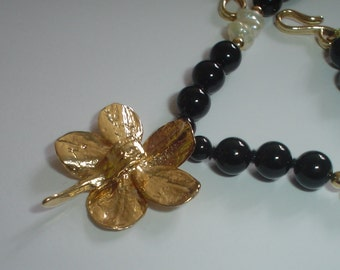 Flower necklace with obsidian or onyx and pearl beads and gold fill bead vintage