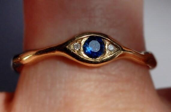 18k Yellow Gold, Blue Sapphire & White Diamond Eye Ring