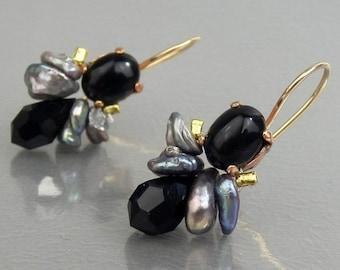 Onyx Earrings, Onyx Gray Wild Pearl Bee Earrings, Gemstone Earrings, Dangle Earrings, Dark Jewelry, Black Onyx Earrings, Anniversary Gift