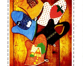 Vintage Sewing Pattern - Oven Mitt Hot Pads - Easy Oven Mitts Pattern - Applique Pattern - 5 Designs