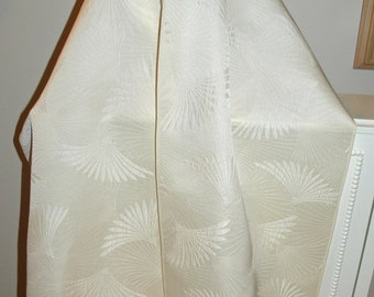 Japanese Silk Kimono Fabric Wrap/Shawl/Scarf..Bridal/Wedding..Fern/Plume/Fan..Ivory..see Clutch/Purse