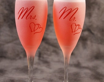 Mr and Mrs Wedding Anniversary Frosted Etched Champagne Toasting Glasses Set Of 2