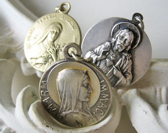 Antique holy medal lot, Antique large saints medals, Silver saints medal, Gold saints medal, French medal lot, Saint Therese medal