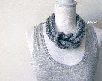 Wool necklace - Big necklace - Chunky necklace - Winter jewelry - Statement necklace - Tweed light grey. Gift for her.