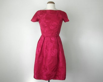 50s red satin brocade floral rose valentines fitted waist party dress (xs - s)