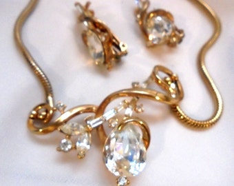 Trifari Glittering Rhinestone Necklace and Clip Earringss - Vintage