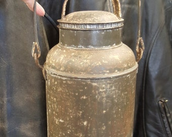 Primitive Antique Bail Handled Cream Can from Rustysecrets