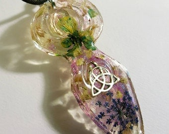 Goddess Celtic Triqueta Symbol Real  Flowers Nature Necklace Resin Pendant Glitter Earth Bohemian Jewelry  Trinity Knot Spiritual Protection