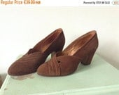 SUMMER SALE French vintage late 1940s 1950s brown leather suede pumps heels stilettos shoes