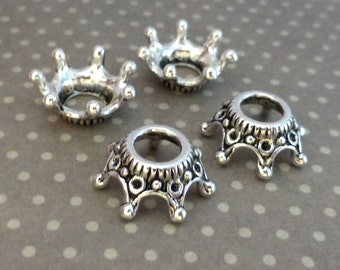 Free UK postage - Pack of 25 Tibetan Style Antique Silver Crown Bead Caps