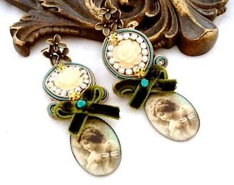 crystal yellow flower earrings | starter pack  | spring cherry blossom jewellery | romantic green bronze trend earrings | valentine gift