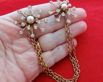 """20% off sale Vintage 8"""" rose gold tone sweater guard with rhinestones and pearls in great condition"""