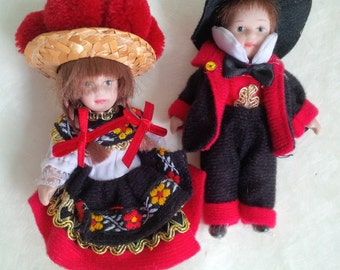 Vintage Germany Traditional folk costume souvenir dolls, boy and girl, Black Forest Germany Europe
