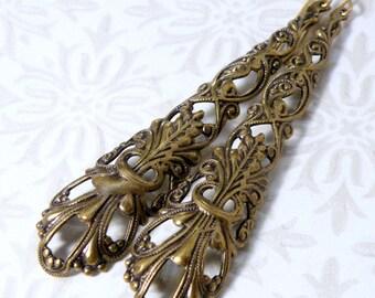 brass filigree earrings, vintage brass earrings, brass dangle earrings, antique brass earrings, antique earrings, retro brass earrings