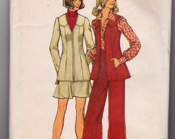 Vintage 1973 Ladies Blouse, skirt, and pants Simplicity 5920 Pattern