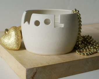 Made To Order - The 'wool' yarn bowl, hand thrown custom pottery yarn bowl