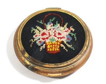 Vintage Gold Toned and Cross Stitch Compact