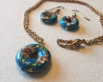Cloisonne Circle Necklace and Earrings Aqua Blue Pink