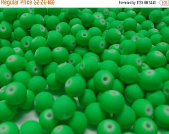 BIG SALE 40 pcs Glass Beads NEON Green color