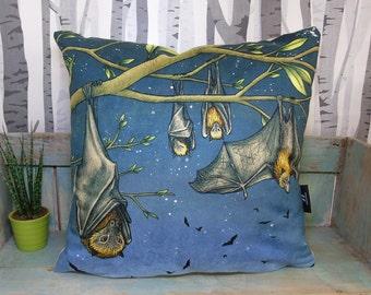 Rodrigues Fruit Bat Illustration Vegan Throw Pillow - Faux Suede 45 x 45cm