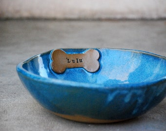 Personalized Dog Bowl, pet feeding Dish, water bowl, customized pet gift,  Dog Feeder, Ceramic Dog Bowl with Name - made to order