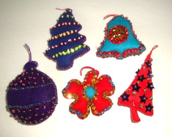 Vintage Felt Christmas Ornaments, Sequins, Beads, Bell, Snowflake, Christmas Trees, Hand Made, Set of 5, Red, Blue, Purple, Retro  (225-16)