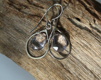 Drop dangle earrings - Tiny pale amethyst earrings - Sterling silver and amethyst earrings - Drop elegant earrings