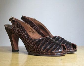 Vintage 1940s Alligator Peep Toed Sling Back Heels