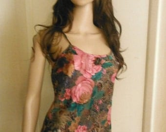 Nice Womens Sheer Floral Rose n  Green Lingerie w Gorgeous Design --Sz Med- Lg