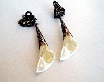 Vintage Errings Calla Lily Earrings Shell earrings Trumpet flowers earrings Pink Oxidized Silver Earrings