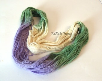 alpaca rowing rainbow yarn hand-dyed, 98 gr, green emerald, white and lilac colors