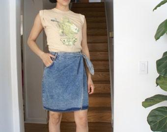 Denim wrap acid wash skirt....Label Cherokee
