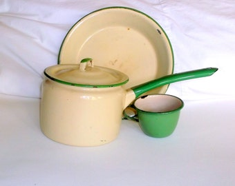 Vintage Green and Tan Enamelware • Lot of 4 pieces • Pot, Pan, Cup