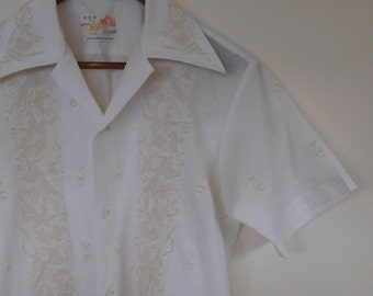 embroidered mens shirt with pockets