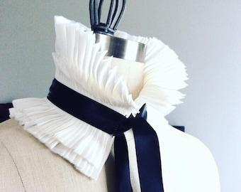 Detachable Ruffle Collar/Pleated Collar/High collar/Ruffled scarf/Detachable collar/Black and White/Neck piece/ rusteam tt team